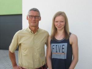 Sportvorstand Wolfram Jänisch und Sarina Müller Foto: PD/HSA